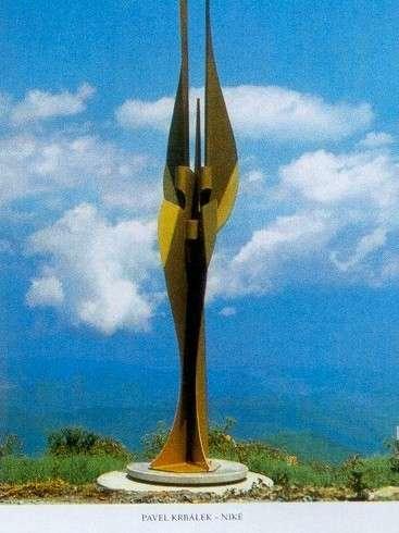 Pavel Krbálek - vítězná kovaná plastika Niké, Japonsko 1991